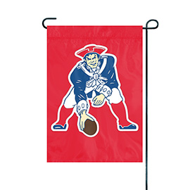 New England Patriots Premium Throwback Garden Flag